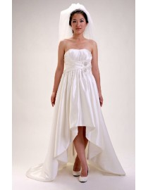 Simple strapless low back satin sweeping train real sample wedding dress with handmade flowers embellishment waistline 2014 TB-199