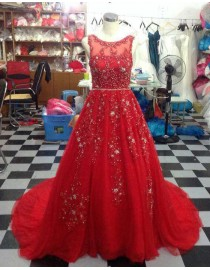 Gorgeous illusion bateau neckline swarovski pearls beaded accent backless red court train prom dresses LW-76