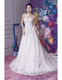 Gorgeous sweetheart pearls beaded lace sweeping train wedding dresses 2017 HB-364