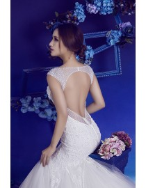 Bling sexy V-neck neckline keyhole back fit and flare lace court train wedding dresses 2017 HB-655