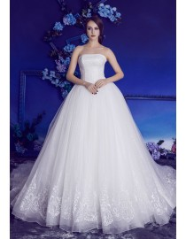 Gorgeous strapless beaded accent a-line court train lace wedding dresses 2017 BL-5093