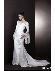 Jewel sheer neckline long puffy sleeves ivory white lace slim-line wedding dressesMS-573