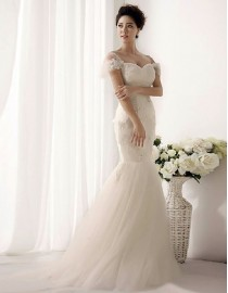 Sweetheart strapless corset tulle a line  lace appliques sequins and pears beaded court train floral hem wedding dresses TB-022
